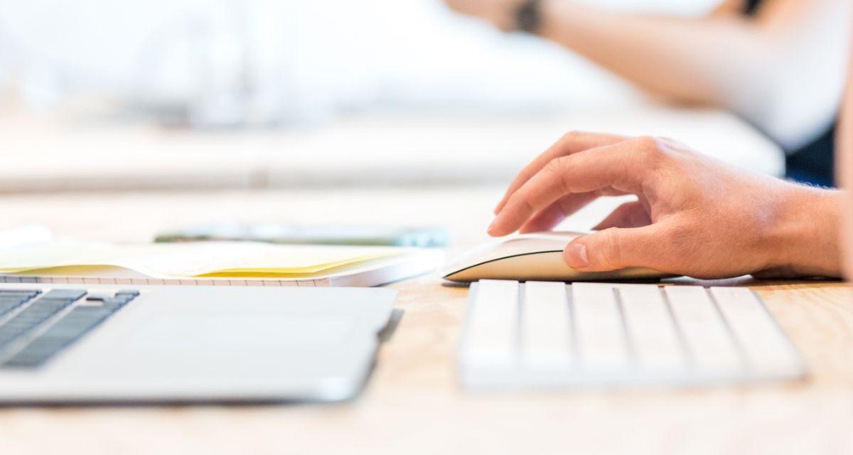 Dokumenty urzędowe a podpis elektroniczny. Czy można z niego korzystać?