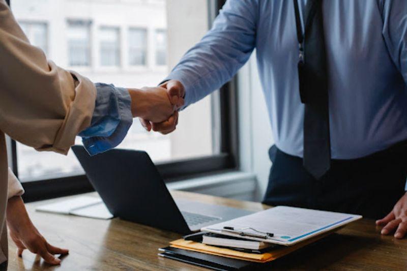 wady i zalety kredytu kupieckiego